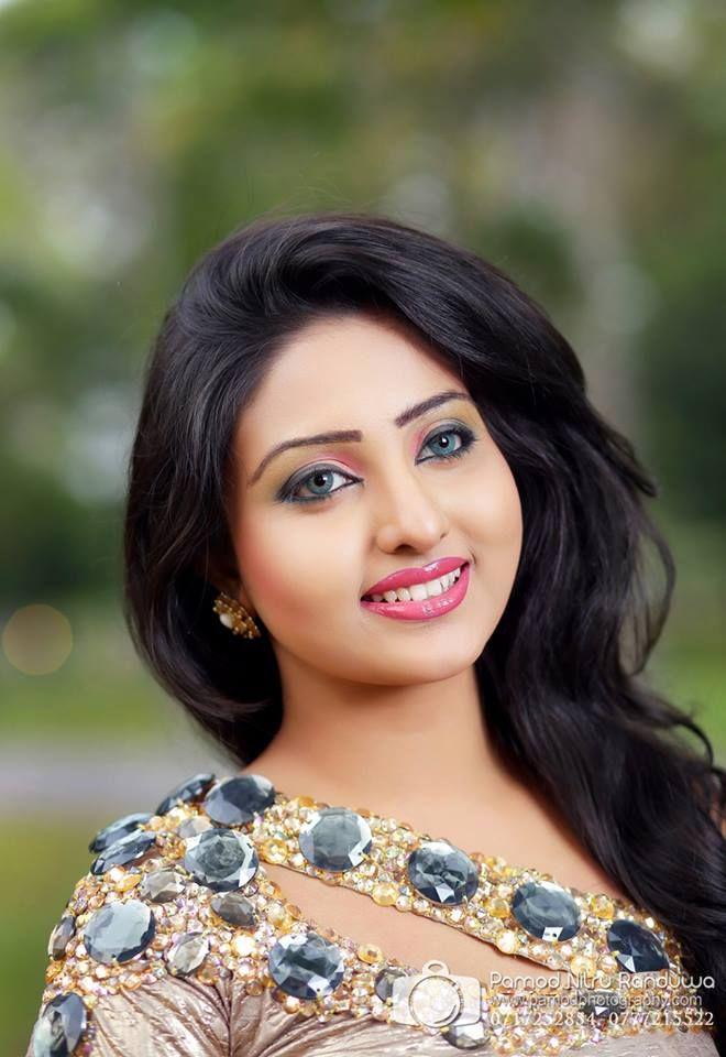 Pin On Sri Lankan Actress Models And Sexy Girls-5589