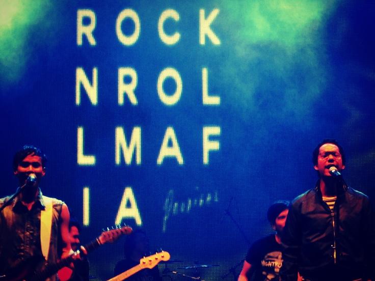 Rock And Roll Mafia feat. Maliq & d'Essentials, Live at Java Soulnation 2012, Jakarta