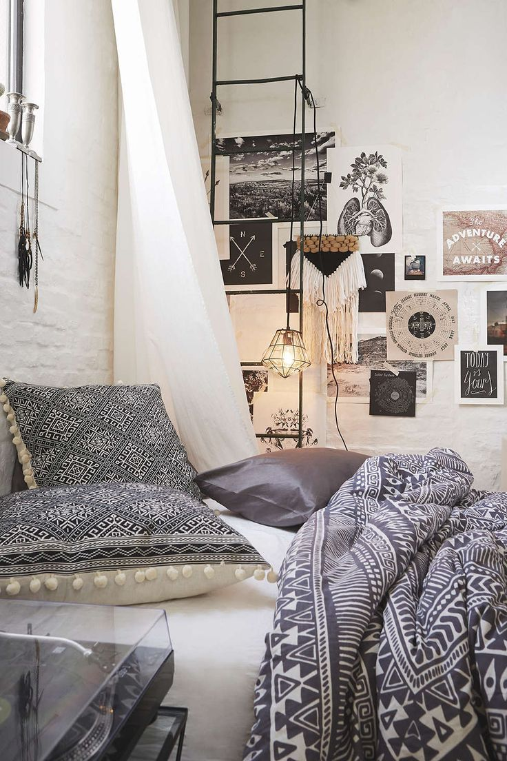 Magical Thinking Printed Woodblock Comforter - Urban Outfitters #UOonCampus #UOContest