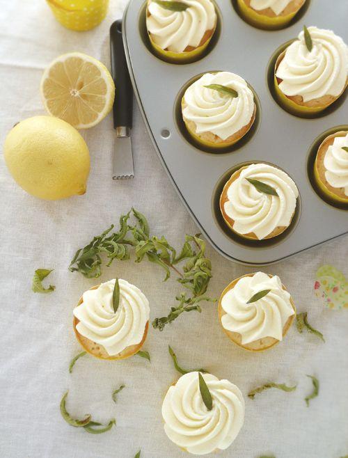 Cupcakes au citron et chantilly à la verveine