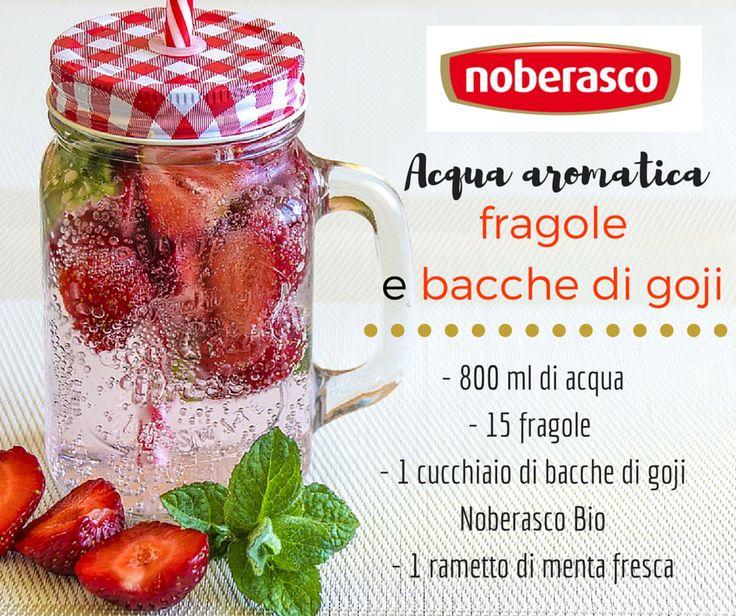 Come realizzare delle deliziose acque aromatiche con frutta fresca e superfrutti