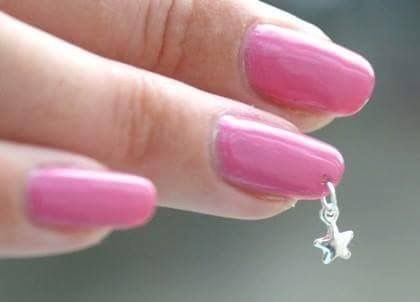 Nagel piercing