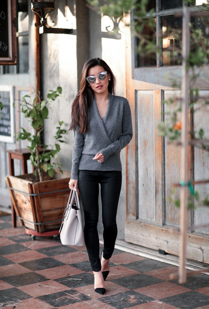 Wrap style gray sweater + black skinny jeans + pointed toe pumps