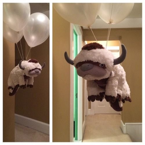 Sky bison with helium balloons. That's my kind of party! I want to be here!!! Avatar nation and Legend of Korra fans unite!