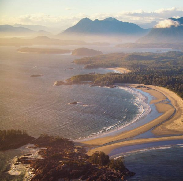 A peak at Tofino from the sky. Photo by matthewhughson via IG