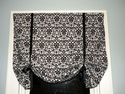 So It's Tutorial/Etsy Find Thursday.... Today I'll be sharing a tutorial for curtains I made for my kitchen. I'm in love with dama...
