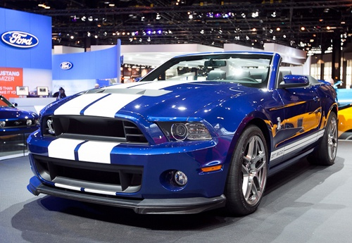 2013 Ford Mustang Shelby GT500.. i love the blue.