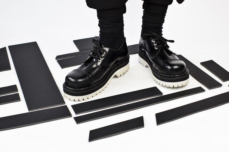 #undergroundshoes #steelcaps #black #otd #totalook #minimalism