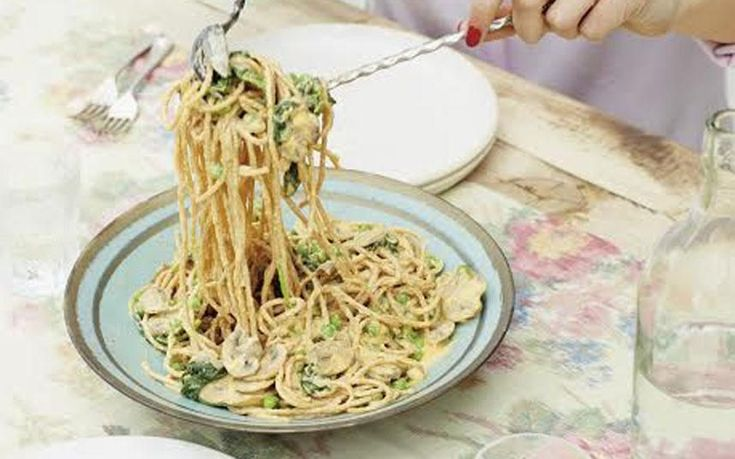Deliciously Ella's creamy vegan carbonara