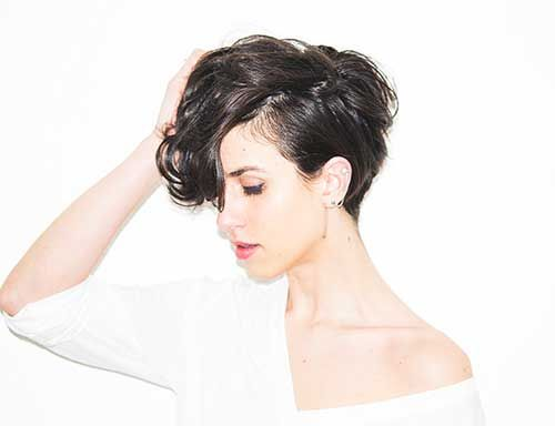 Unique Short Hairstyles: Best 25+ Pixie Hairstyles For Thick Hair Undercut Ideas