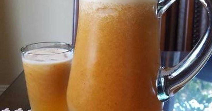 Fabulosa receta para Agua fresca de duraznos. Si la vida te da limones, pues... haz limonada!!! Es temporada de duraznos, están frescos, jugosos, deliciosos. Así de que pensé preparar esta agua fresca. El resultado: simplemente deliciosa!!!!