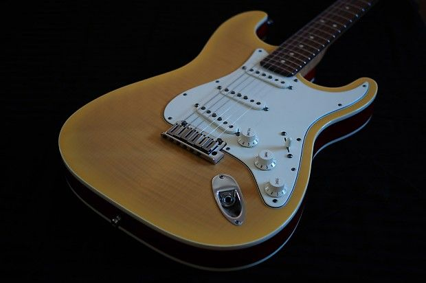 Fender Stratocaster Double Bound Free Shipping Moe S Guitars If We Wouldn T Play It We Wouldn T Sell It Reverb Fender Custom Shop Fender Stratocaster Fender No twist it slow for others too and btw try anime molecules if you want to witness speed :p. www pinterest co kr