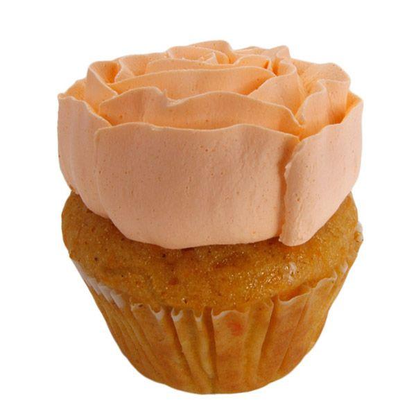 La zanahoria se puede consumir de diversas formas pero no hay mejor forma que en una deliciosa masa de zanahoria y canela con crema de queso.