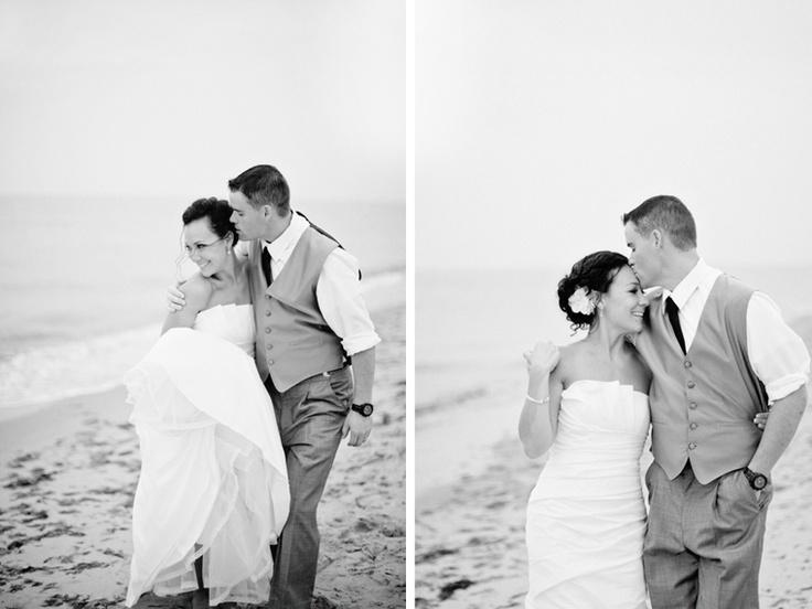 http://kellydillonphoto.com/wp-content/gallery/danielle-matt-wedding-popponesset-inn-mashpee-ma/7kellydillonphotography.jpgGallery, Wedding, Beach, Photography