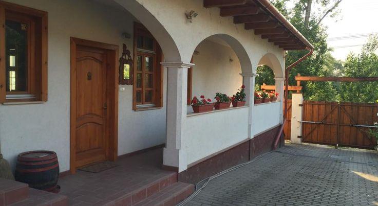 Parasztház , Dunaalmás