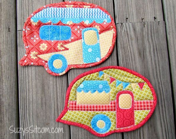 how to make a happy camper pot holder, crafts, how to, kitchen design