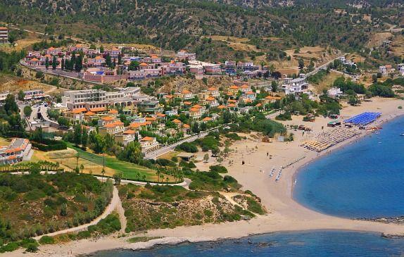 Kiotari är en av nyaste semesterorter på Rhodos och samtidigt en av de finaste. Den ligger 60 kilometer söder om staden Rhodos, och bara några få...