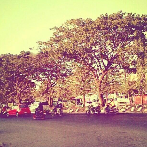#street #pettarani #makassar #afternoon #instagram