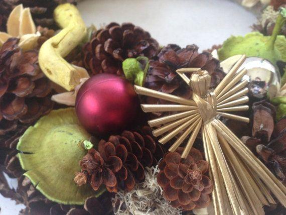 Christmas Wreath Seasonal Wreath Pine cones Wreath by JuraDeco