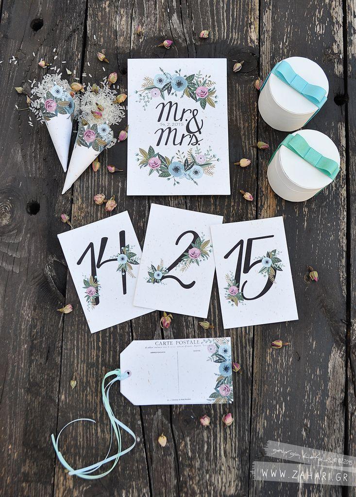 Υλικό για Vintage Γάμο. Αρίθμηση τραπεζιών, κάρτες για ευχές, χωνάκια για το ρύζι kai μπομπονιέρες για γάμο με κυρίαρχο στοιχείο τα vintage τριαντάφυλλα.