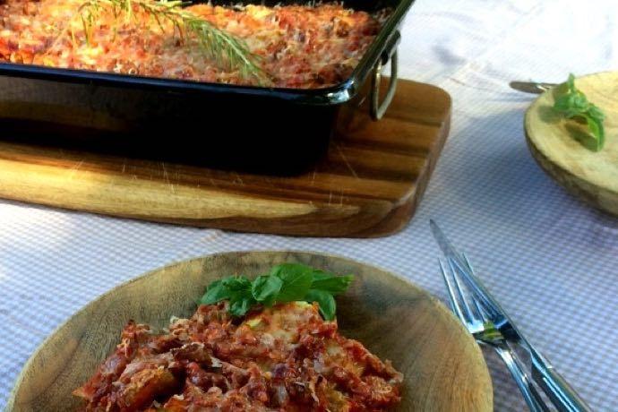 Lasagne. Een heerlijke pasta. Zeker als je lasagne combineert met witte kool. Een typische lasagne dat precies past met dit herst weer. Lasagne is ...