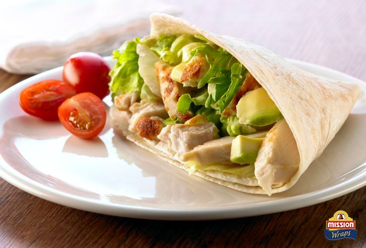 #missionwraps #wraps #food #inspiration #meal #salad #tomatoes #avocado #chicken #healthy www.missionwraps.fr