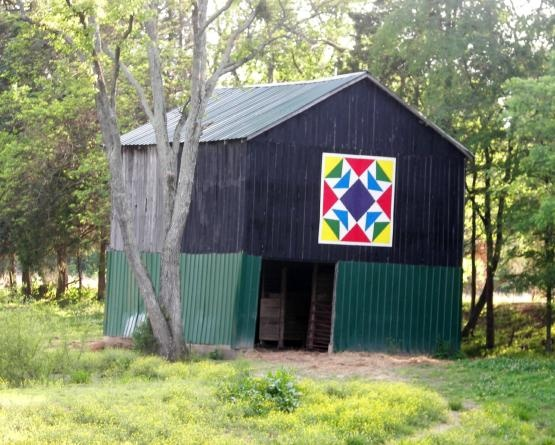 Quilt Patterns On Barns In Ky : 1000+ images about Barn Quilts on Pinterest Ontario, Barn quilt patterns and Quilt