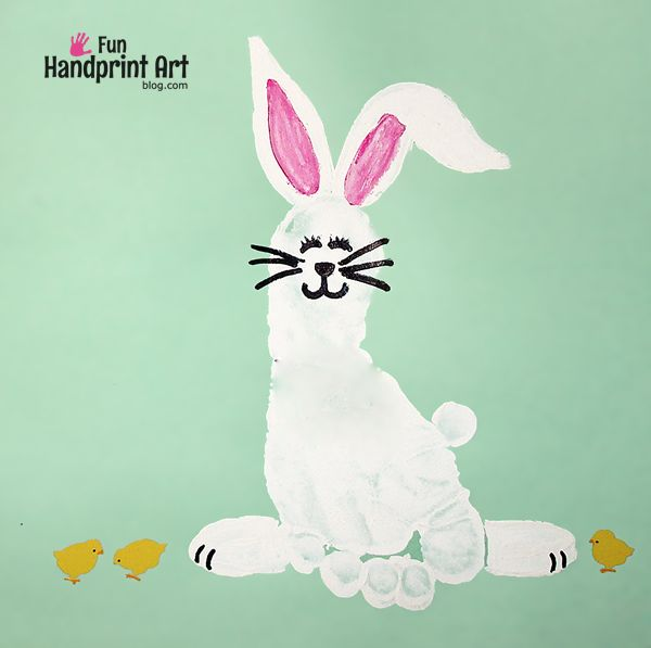 This Footprint Bunny Easter Craft is also great as a preschool farm theme, Letter of the week idea for the letter R, or just a Spring craft in general.