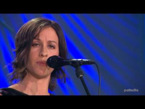 Alanis Morissette - Hands Clean (Live) HD