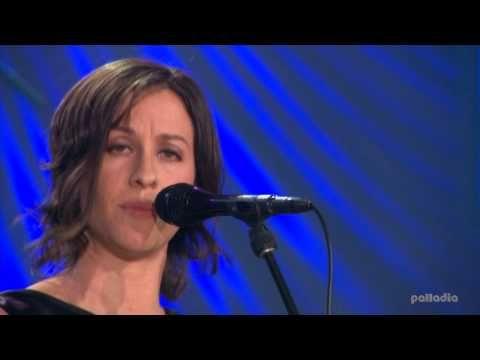 Alanis Morissette - Hands Clean (Live) HD