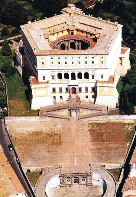 Villa Farnese at Caprarola, architect Giacomo da Vignola - construction began 1559
