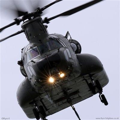 RAF Boeing Chinook HC3 [352] ZH899 [cn.M-4478].