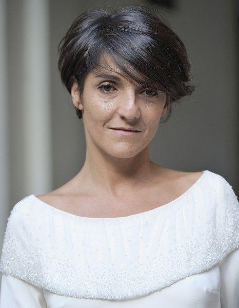 « Oui, je suis féministe. Fervente. Ce n'est pas un gros mot que je sache ! » A l'occasion de son nouveau spectacle « Madame Foresti », qu'elle jouera au théâtre du Châtelet à partir de septembre prochain, Florence Foresti s'est confiée dans les colonnes de « Télérama » et clame sans pudeur son féminisme. http://www.elle.fr/People/La-vie-des-people/News/Florence-Foresti-feministe-Ce-n-est-pas-un-gros-mot-que-je-sache-2729600
