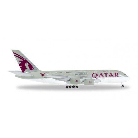 Airbus A380-800 Qatar a escala 1:500 de Herpa, mas info: http://www.maqualas.cl/es/home/440-airbus-a380-800-qatar.html