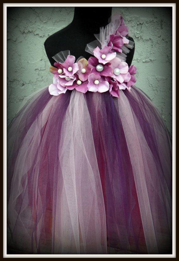 cute!: Flowers Girls Dresses, Purple Pearls, Purple Flowers, Tutu Dresses, Pearls Flowers, White Colors, Flower Girl Tutu, Flower Girls, Flowers Girls Tutu