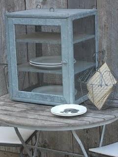 #galvanized pie safe ... love me some #metal ! Good find @Courtney  Kellum!!!!!
