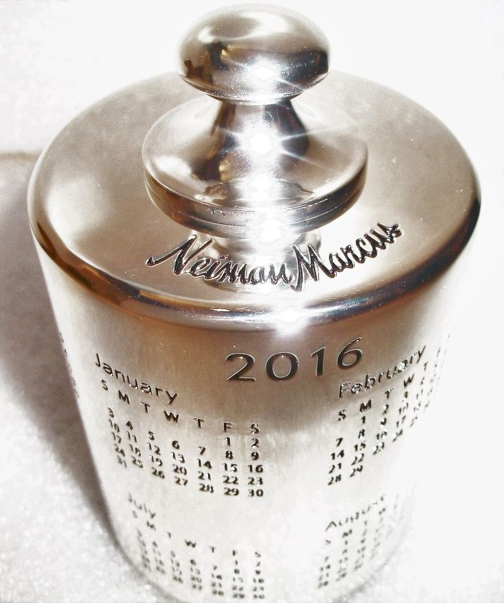 Neiman Marcus Silver Paperweight 2016 Calendar Engraved Dates Business Home | eBay