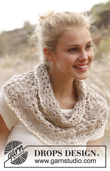 """Crochet DROPS hombro más caliente con forma de abanico en """"Luz de algodón"""". Tamaño S-XXXL ~ DROPS Design"""
