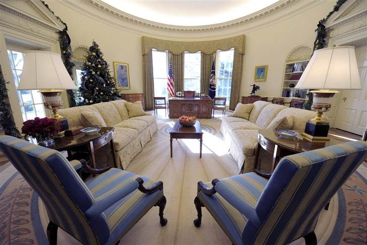 Obama adds his style to Oval Office decor - today > news - White House - TODAY.com