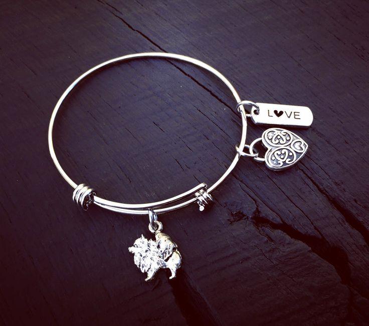 Pomeranian Charm Bracelet | Pomeranian Jewelry | Jewelry Gift For Pomeranian Lover | Pomeranian Rescue And Foster | Transport & Adoption by SecretHillStudio on Etsy https://www.etsy.com/listing/517029429/pomeranian-charm-bracelet-pomeranian