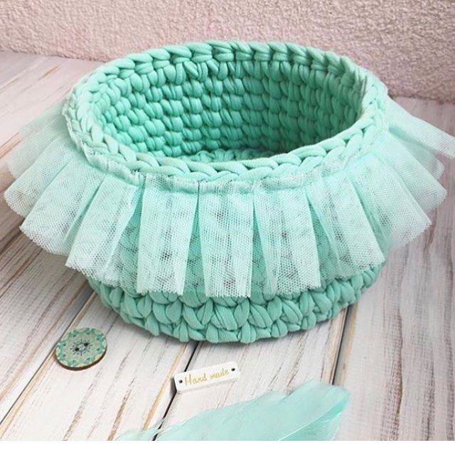 "222 Beğenme, 7 Yorum - Instagram'da @applewhitecrochet: ""@home.knit.decor #orgusepet #knittersofinstagram #elisisepetim #creativecrochet#crochetlove…"""