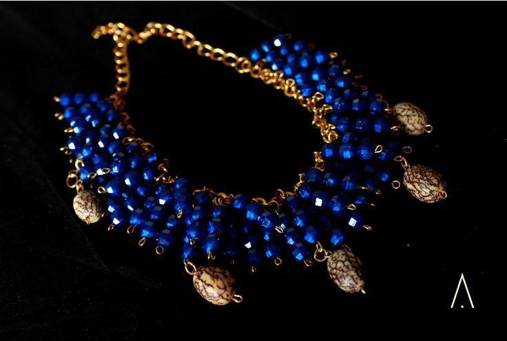 Collar Omaira. semilla India.