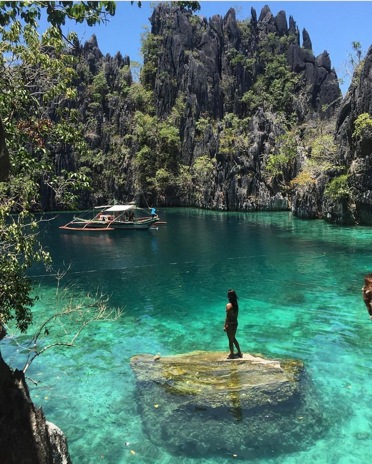 Taking in Coron Palawan's beauty | Photography by @travelmadly #TravLink by travlink