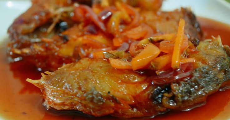 The type of fish that used in cooking this escabeche recipe are lean fish like tilapia, Lapu-Lapu, Maya-Maya and Blue Marlin. Try this recipe now.