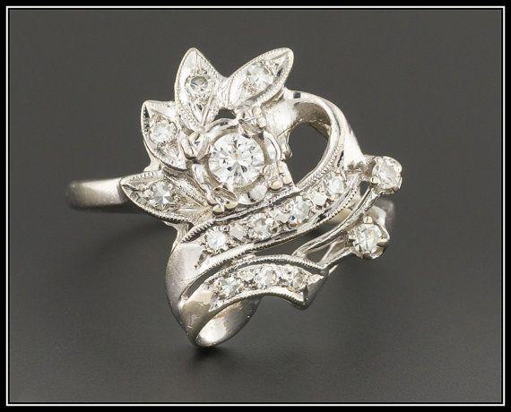 Anillo de diamantes vintage  Anillo retro de por TrademarkAntiques