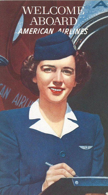 Such a classy, lovely look for a flight attendant. I wish these same uniforms were still in use.