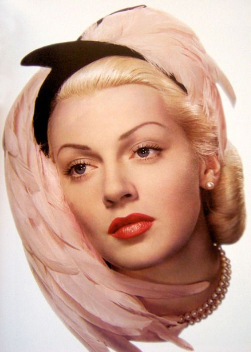 Lana Turner in an ad for Woodbury 1945