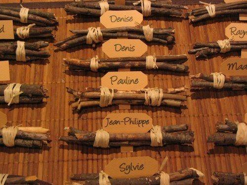Porte-noms en bois