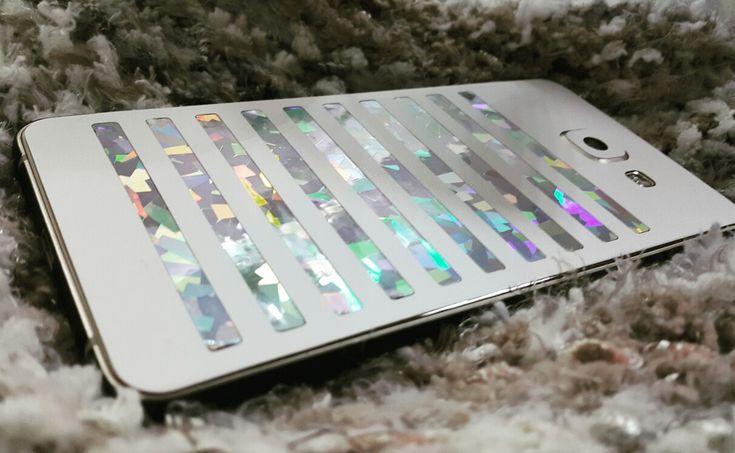 Folie SKIN 3M textura mată, la pentru iPhone 6  3M Modele noi, texturi noi, culori noi.   Materiale de calitate, aplicare gratuita  ✔ www.24gsm.ro  ✔ 0728428428 Foto: Wagenpfiel Elena