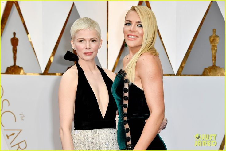michelle williams busy philipps 2017 oscars 17